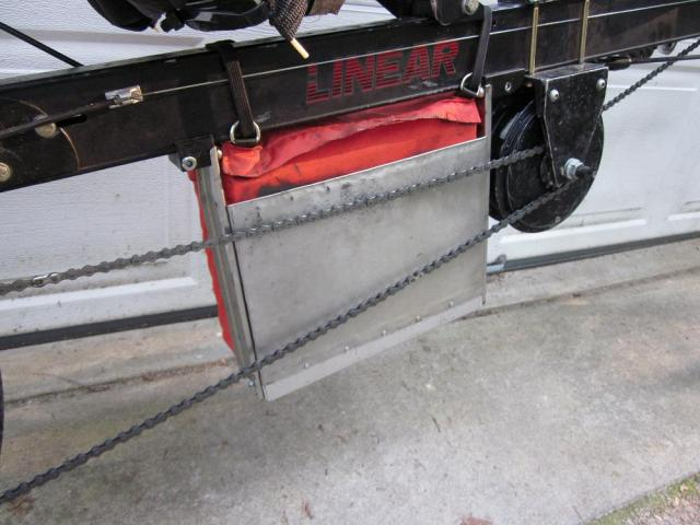Battery rack-back